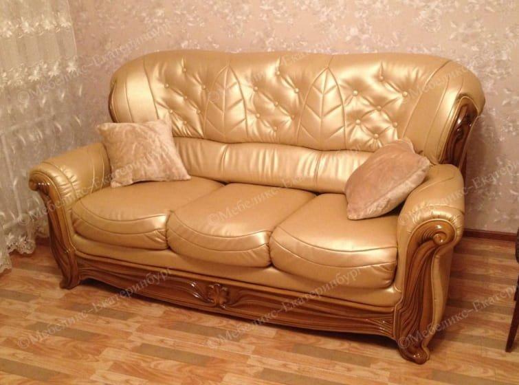 диван после перетяжки пример 3